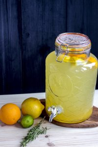 lemonade-rosemary-gregousfood-geptogether