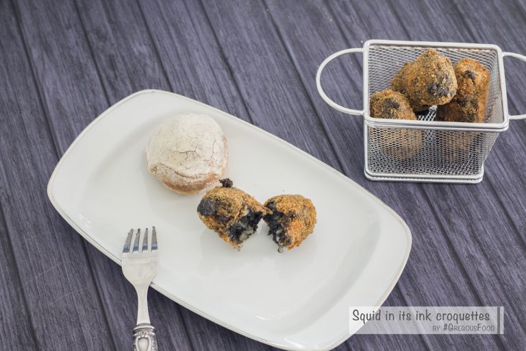 Squid in its ink croquettes